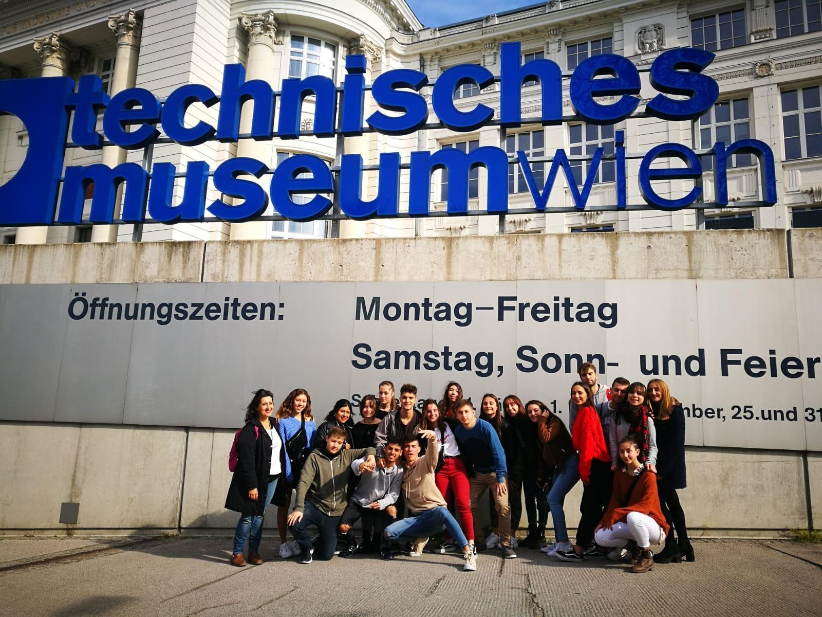 Imagen de la noticia: Viaje cultural a Viena (fotos)